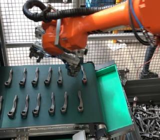 Odebírání robotem pomocí 3D skeneru